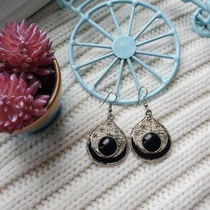 UNIQUE..Black darling earrings